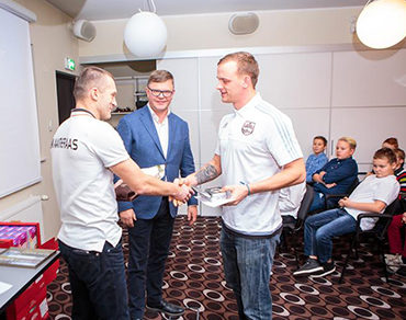 Tullio Liblik showed appreciation to footballers