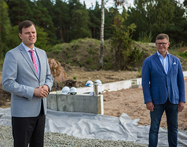 A vast embroidery center  in Kuressaare got its cornerstone